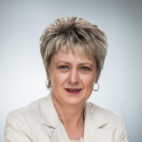 Dr. Frieda Pienaar
